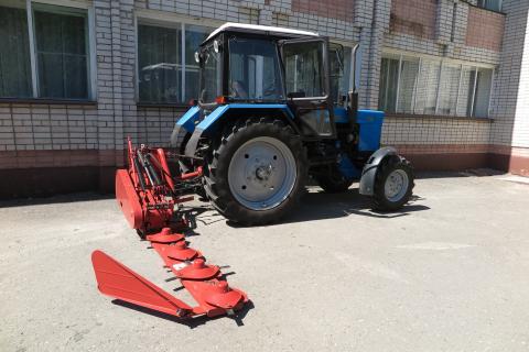 роторная косилка КРН-2,1М на тракторе